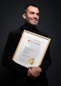 "Newsbeitrag ""J. Konrad Schmidt"""